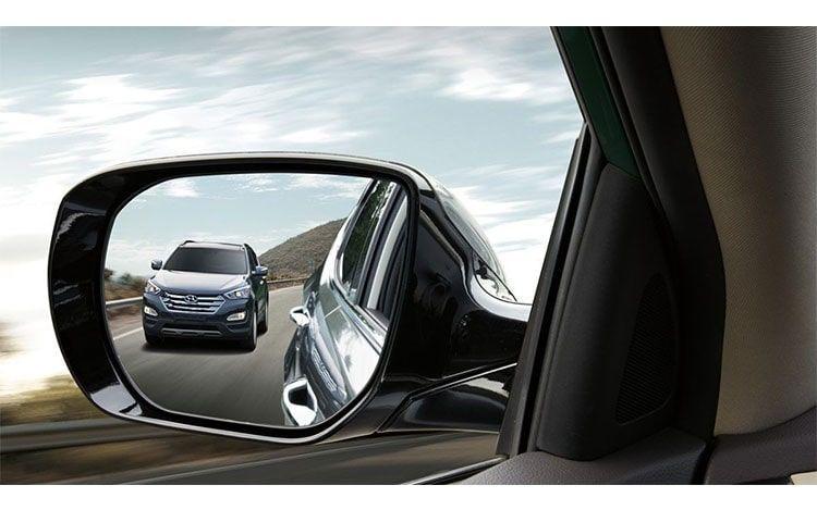 آینه بغل خودرو