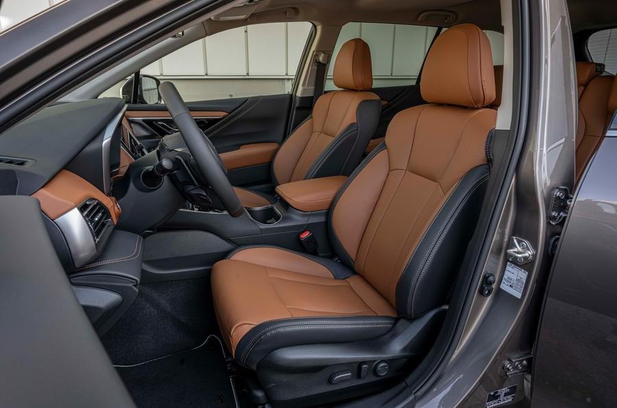 خودرو سوبارو Outback 2.5i